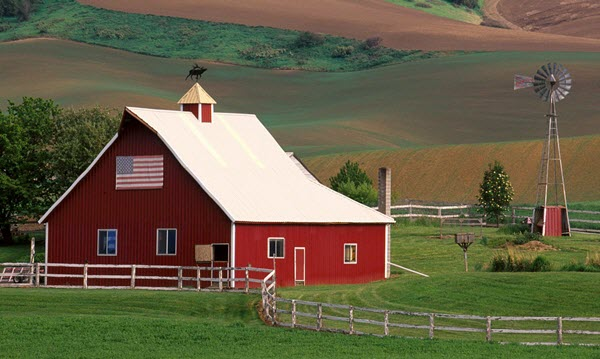 barn,links to information about careers in farming in New Hampshire