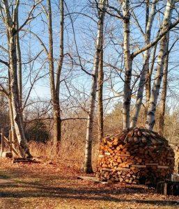 round wood stack