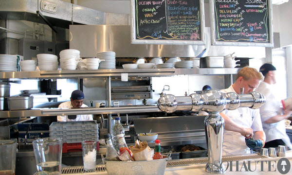 Restaurant workers in a kitchen, links to information about careers in the food service industry